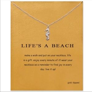 New Silver Lifes A Beach Seahorse Pendant Necklace